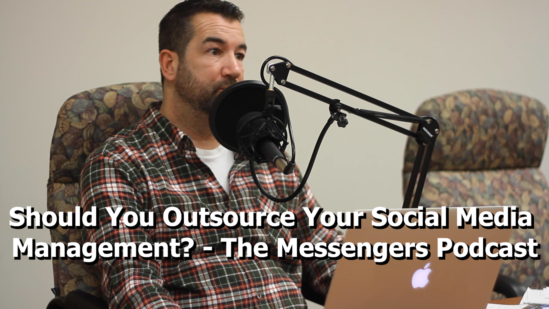 Should You Outsource Your Social Media Management? - The Messengers