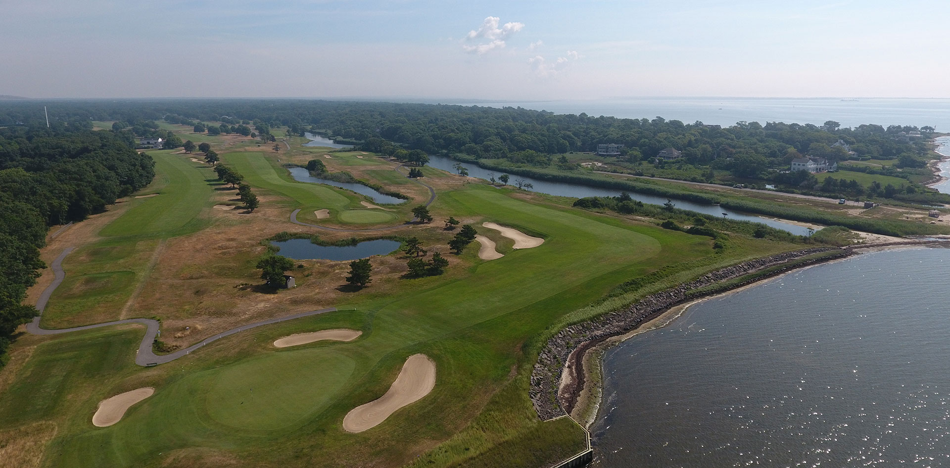 Article about the 15th hole at Bellport Golf Club featured in Golf.com